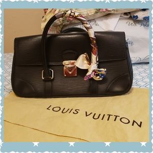 Black Epi leather Louis Vuitton Segur PM